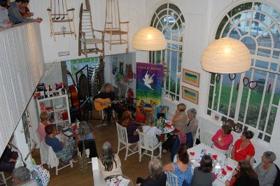 Guests enjoying musical entertainment on the night