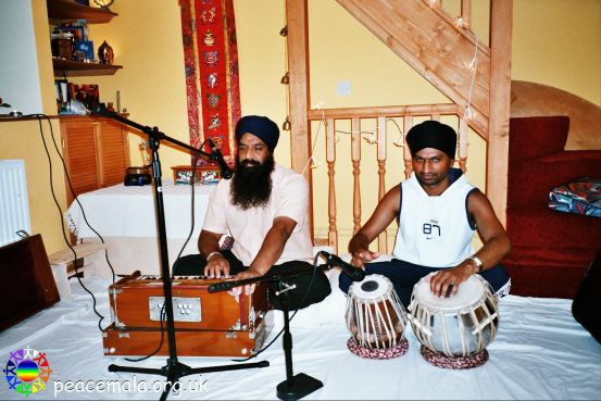 Sound check rehearsal with Mr Jasvir Singh, granthi, and Kushwant Singh